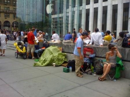 Imagen de la semana: Ya hay colas esperando al iPhone 3G