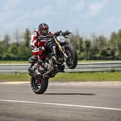 Foto 33 de 68 de la galería ducati-monster-1200-s-2020-color-negro en Motorpasion Moto