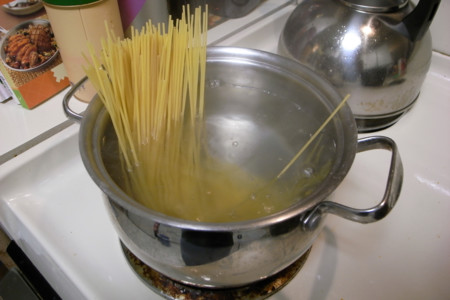 Cocinando pasta