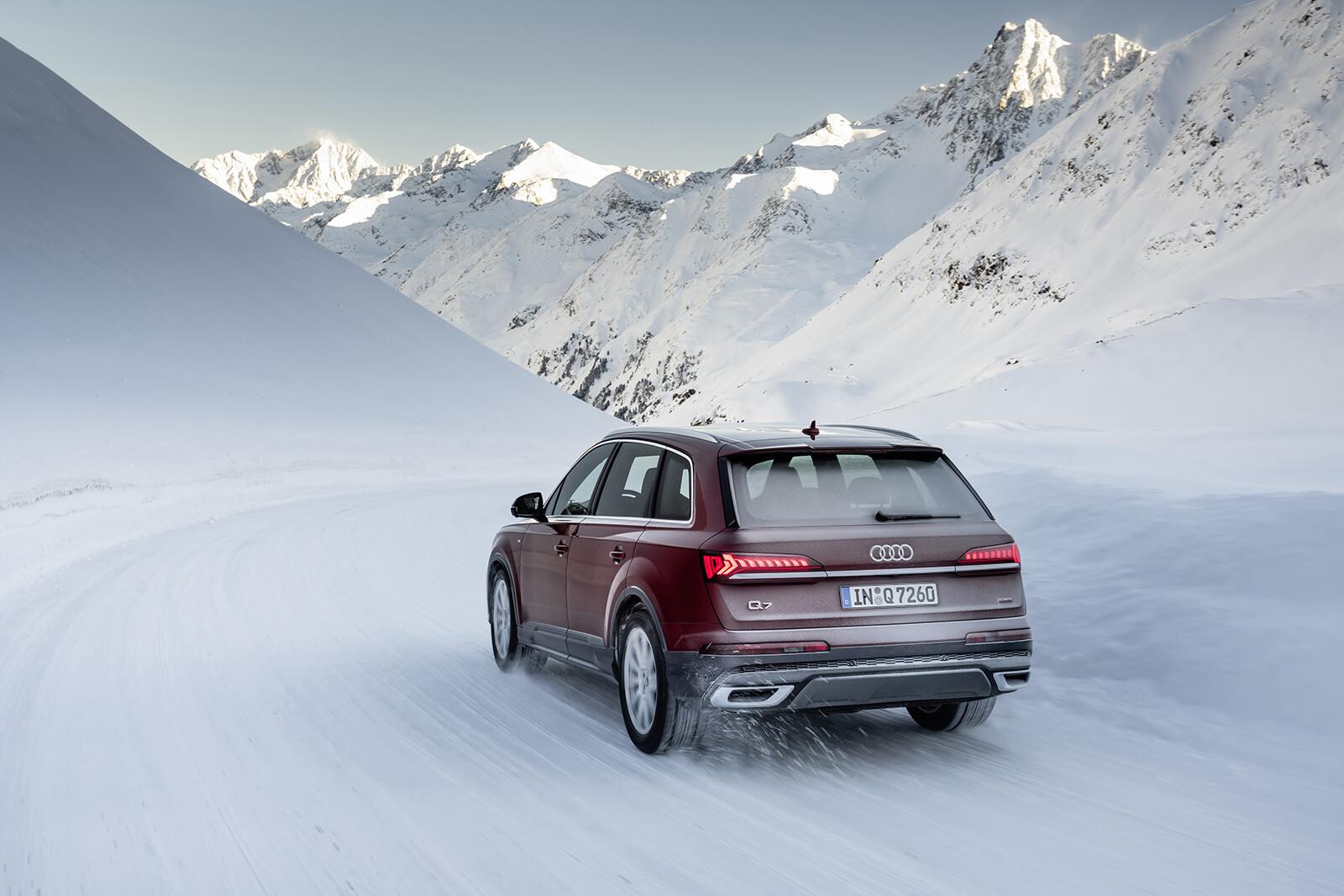 Foto de Audi Q7 2021 (30/30)
