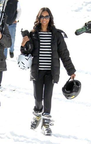 Zoe Saldana moda a rayas