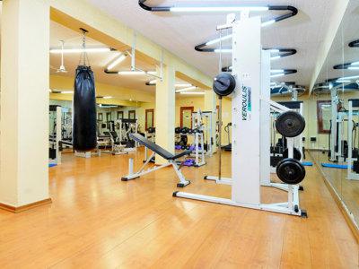 Algunos errores de equipamiento que cometemos en verano en el gimnasio