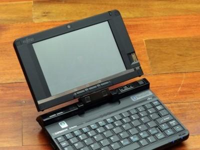 Fujitsu Lifebook U2010, con 5.6 pulgadas