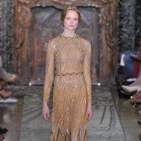 Valentino Alta Costura Otoño-Invierno 2011/2012: una princesa dorada y muy provocadora