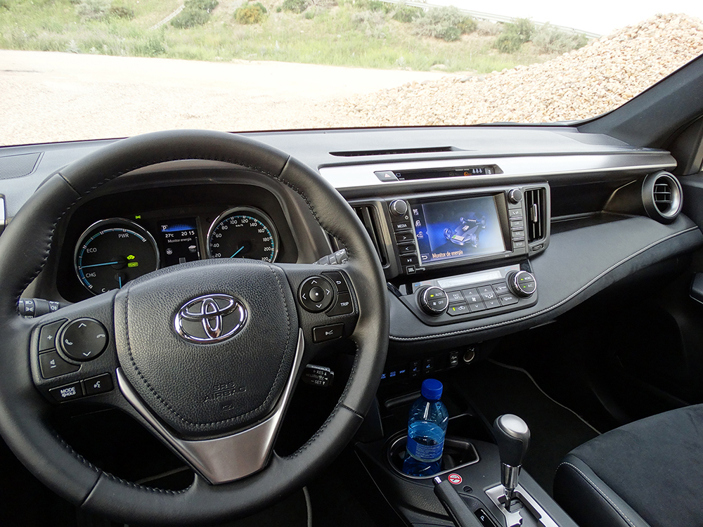 Foto de Prueba Toyota RAV4 hybrid: interiores coche (4/27)
