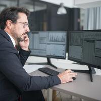 Dos pantallas o una ultrapanorámica, ¿cómo somos más productivos en la oficina?