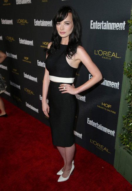 Ashley Rickards fiestas emmy 2014