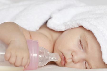 Nueve hábitos que pueden perjudicar la salud bucal del niño