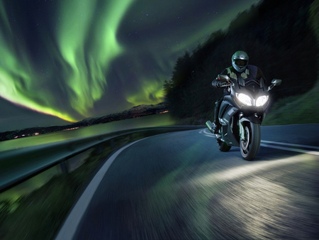 Novedades Salón de Colonia 2012: Yamaha FJR1300A y AS retocando la Cruiser de los diapasones