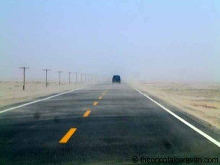 La autopista de Tarim: la autopista más larga construida en un desierto
