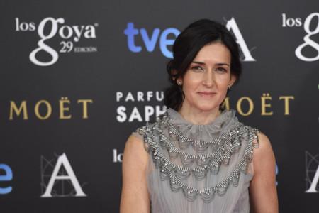 Ángeles González-Sinde se viste de gris perla de Marco & María para los Goya 2015