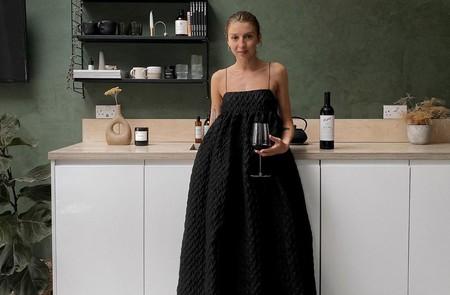 Hay vestidos y vestidazos: estos nueve son tan voluminosos y bonitos que te los pondrás hasta para tomar un vino tú sola en casa