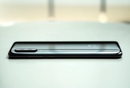 Xiaomi Mi 9 Trasera 03