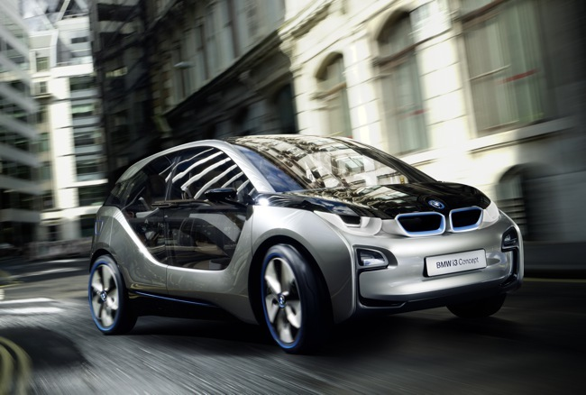 BMW i3 Concept street