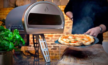 Roccbox, un horno de piedra portátil en el que puedes hornear lo que se te antoje