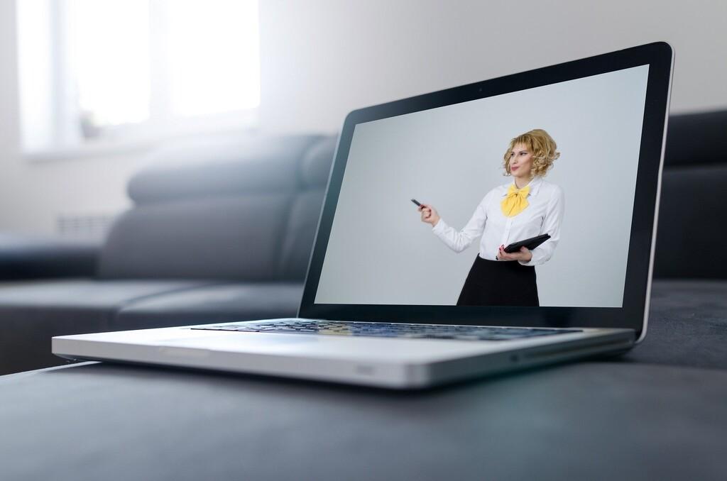 Olor a café, hologramas compartiendo sala o la nube como un espacio siempre abierto: así se imaginan los directivos tech las videoconferencias del futuro