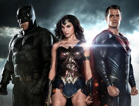'Batman v Superman': nuevas imágenes, declaraciones de Snyder, Affleck y el tráiler final en camino