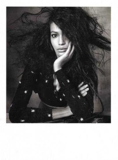 Foto de Las modelos más codiciadas posando para Vogue Italia con un look muy retro (2/5)
