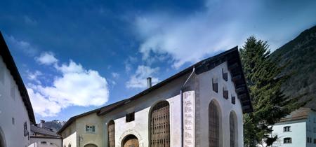 ¡Ideal! Chesa Wazzau, una casa del siglo XVII que rezuma encanto por sus cuatro costados