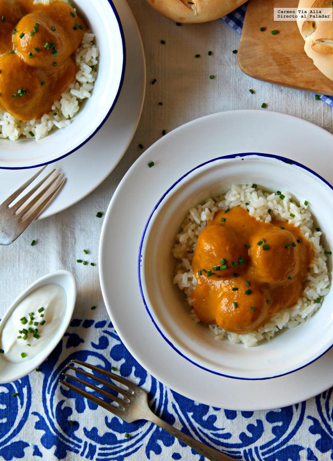 Albondigas De Verduras En Salsa De Curry