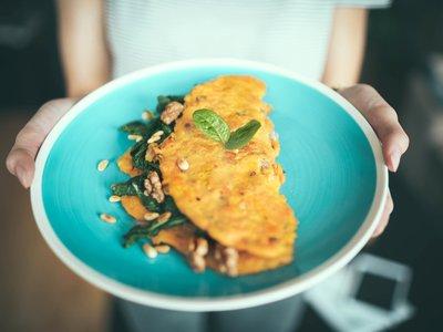 Cualquier cosa que imagines se puede servir en tortilla y un restaurante sirven hasta 101 recetas para demostrarlo