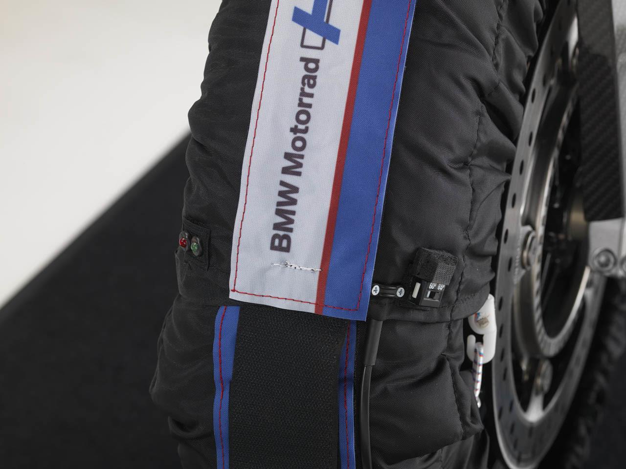 Foto de BMW HP4, nueva mega-galería y vídeo en acción en Jerez (49/155)