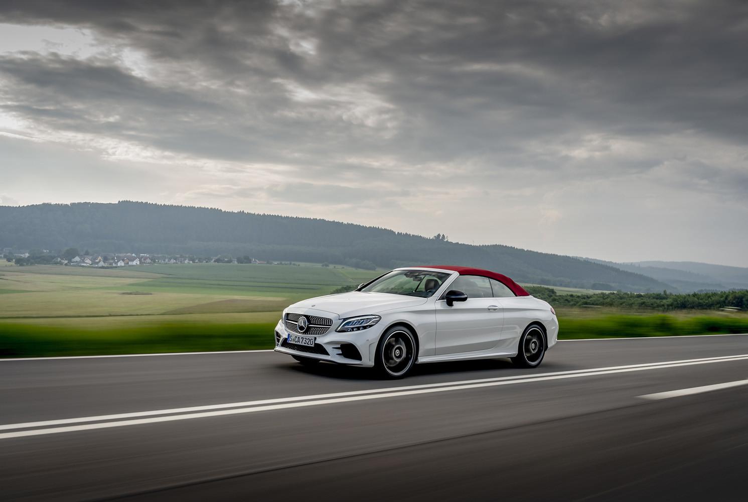 Foto de Mercedes-Benz Clase C 2018, toma de contacto (44/255)