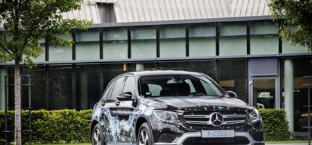 Mercedes-Benz GLC F-CELL, un SUV a hidrógeno y enchufable que llegará en 2017