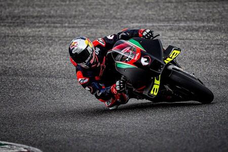 Aprilia quiere a Andrea Dovizioso como piloto para MotoGP 2022 tras su test en Mugello pero solo esperará un mes