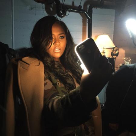 El peluquero de Beyoncé nos sorprende con una funda ideal para selfies
