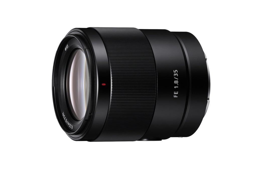 Sony amplia su oferta de objetivos para formato completo con el nuevo 35mm F1.8 FE