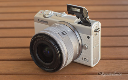 Review Canon Eos 100m 9