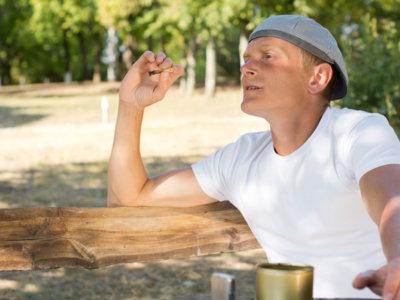 ¿Qué le pasa al esperma de los hombres que consumen marihuana?