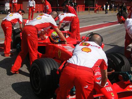El sol vuelve a brillar en el Circuit de Catalunya