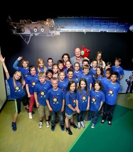 ESA Kids adopta al explorador de otro planeta Paxi como mascota