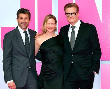 Así de radiante posa Renée Zellweger en la premiere 'Bridget Jones' Baby' de Berlín con un vestido de raíces españolas