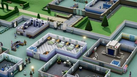 Two Point Hospital demuestra ser el sucesor perfecto de Theme Hospital en un completo gameplay dedicado a sus mecánicas