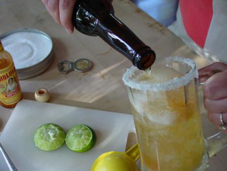 Limón Mexicano en michelada