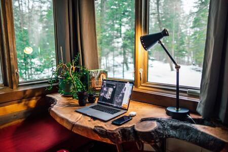 Cinco lámparas de escritorio para iluminar nuestra mesa de trabajo o estudio ahora que volvemos a la rutina
