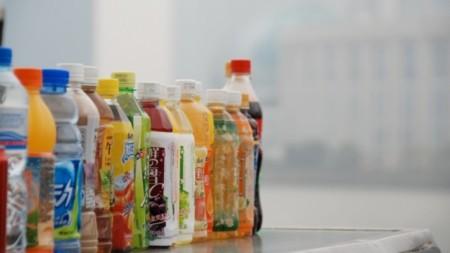 Las bebidas azucaradas promueven la ganancia de peso en adultos y niños