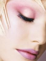 Tener un maquillaje que dure es posible (II)