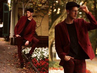 Los blogueros le suman color a los looks de Nochevieja y nos inspiran a dejar el traje negro de lado