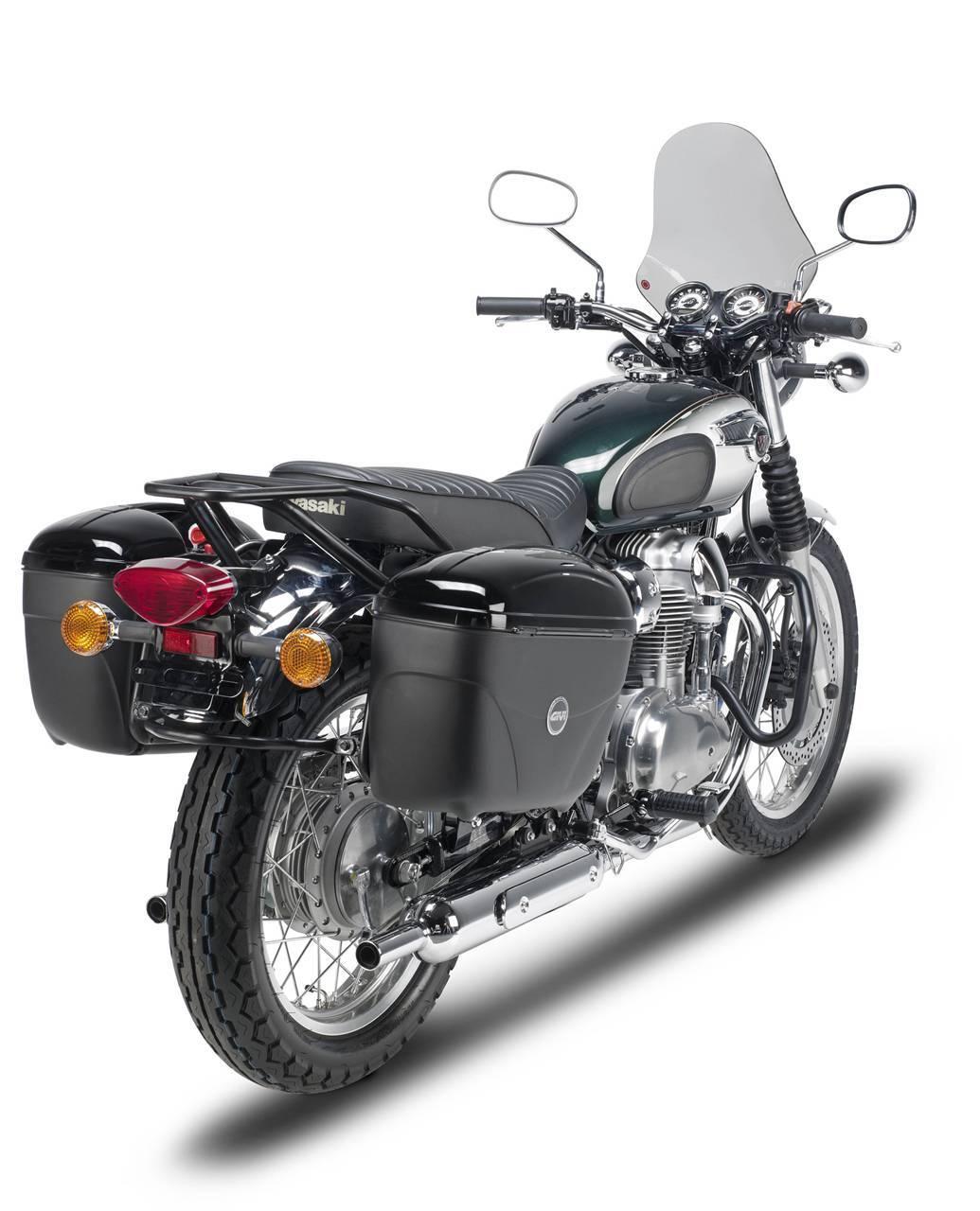 Foto de GIVI mantiene el toque de los años 60 en la Kawasaki W800 (2/6)