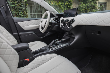 DS 3 Crossback E-Tense interior