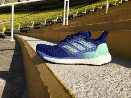 aburrido batería Broma  Probamos las Adidas Solar Boost: tecnología basada en datos y aplicada a  unas zapatillas de running