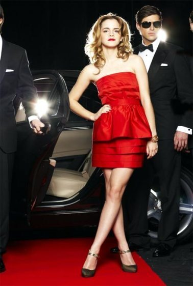 Emma Watson posa muy elegante para Live