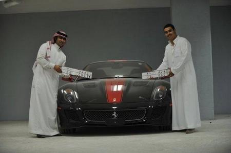 Dhiaa Al-Essa con su Ferrari 599 GTO