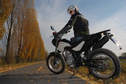 Prueba de la Derbi 125 Cross City