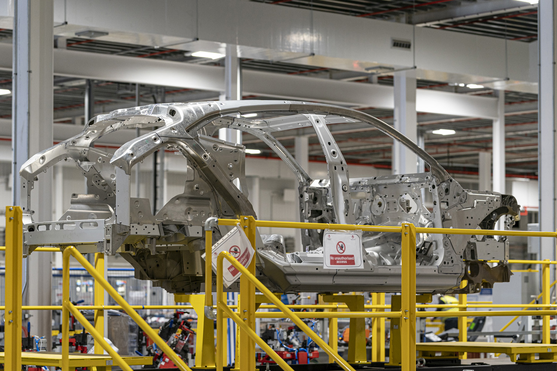 Foto de Aston Martin DBX, preproducción (7/23)