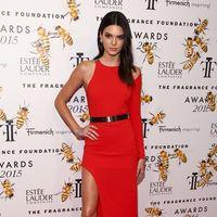 Kendall Jenner de Romona Keveza
